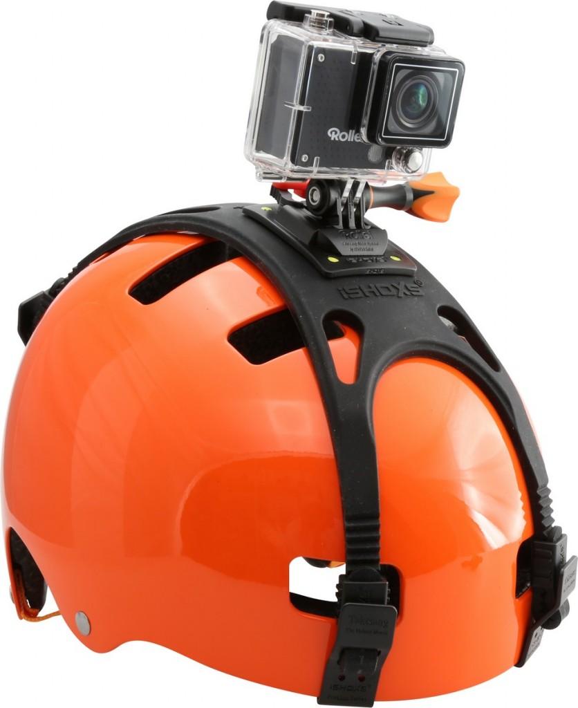 Helm mit Helmhalterung und Actioncam